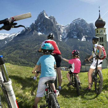 Mountainbiking with children in the Dolomites